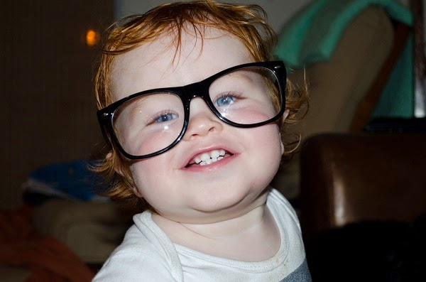 Photo bébé avec lunettes