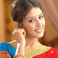 elegant and hot pretty Samiksha in red saree