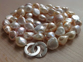 Store rosa barokke perler