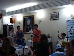Declamando no projeto cultural poético-musical Poeta Saia da Gaveta - PSG