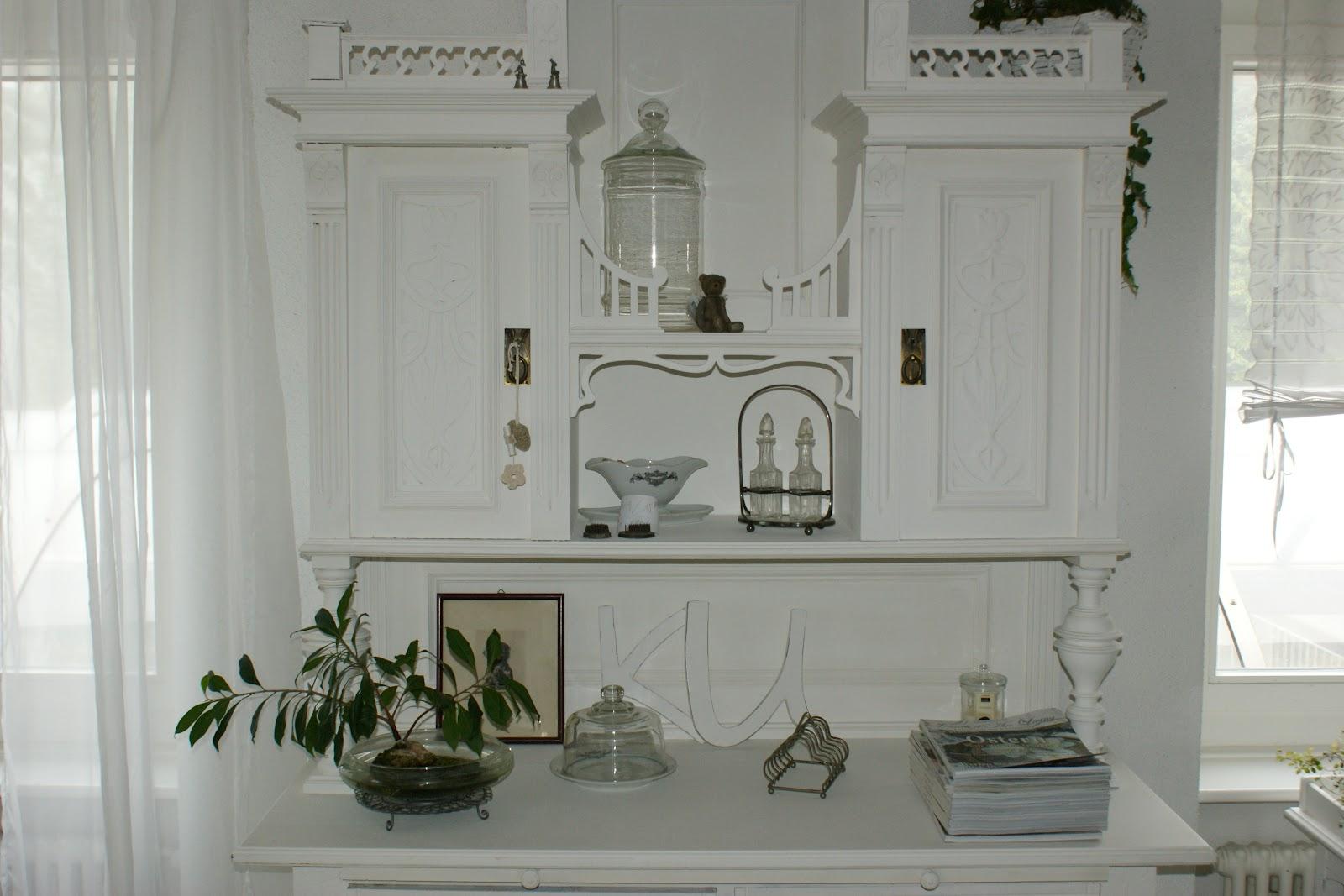 willy 39 s shabby chic schaffhausen neues buffet ist fertig. Black Bedroom Furniture Sets. Home Design Ideas