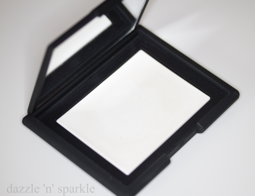 sparkle nars light reflecting pressed setting powder review. Black Bedroom Furniture Sets. Home Design Ideas