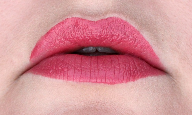 Marc Jacobs Le Lip Creme In Kiss Bang On My Lips