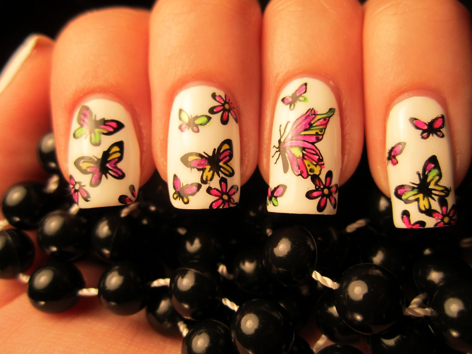 Jessica\'s Nail Art: Sticking with the Butterfly Mani