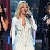 Victoria's Secret Fashion Show | Performances de Selena Gomez, Ellie Goulding e The Weeknd
