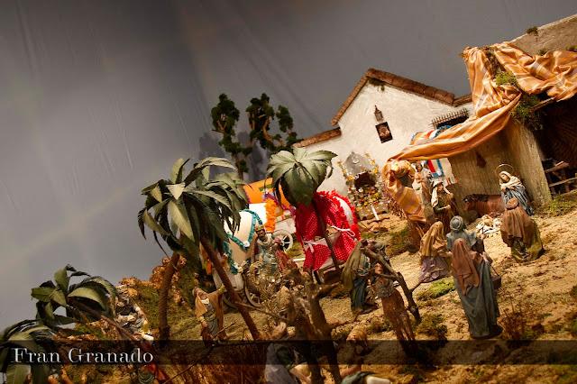 http://franciscogranadopatero35.blogspot.com/2013/12/fotografias-portal-de-belen-hermandad_19.html