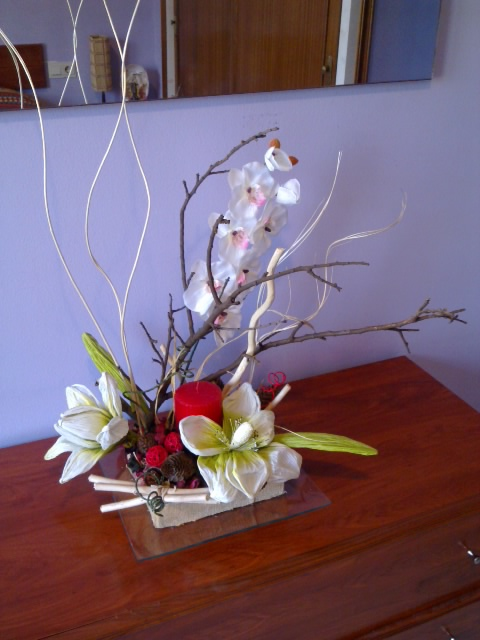 decora con rosa centro de mesa de flores blancas On centros de mesa artificiales