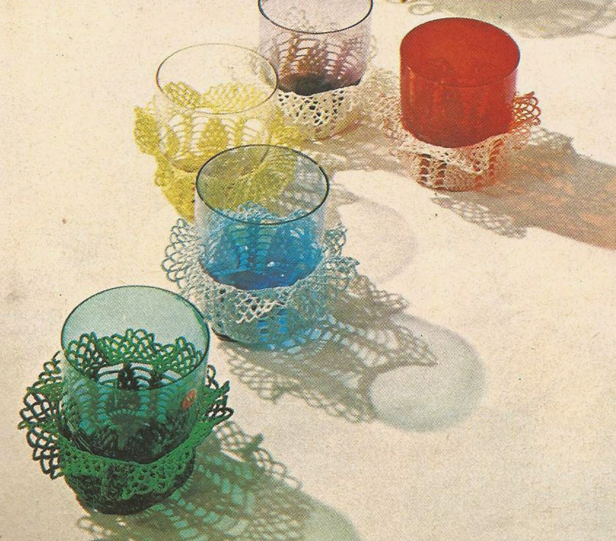 Funda con Volantes para Vasos a Crochet