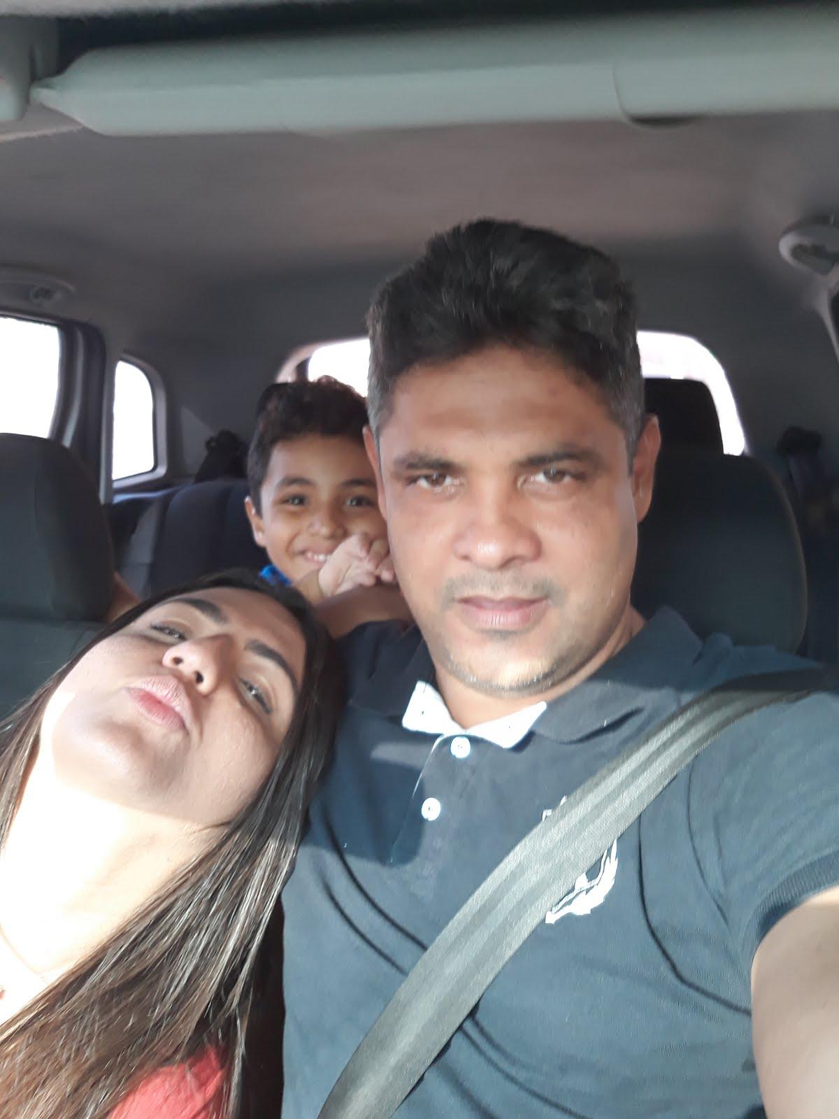 Família com amores recíprocos e verdadeiros