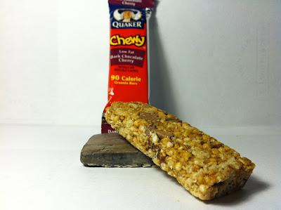 ... Food Dude: Review: Quaker Chewy Dark Chocolate Cherry Granola Bar