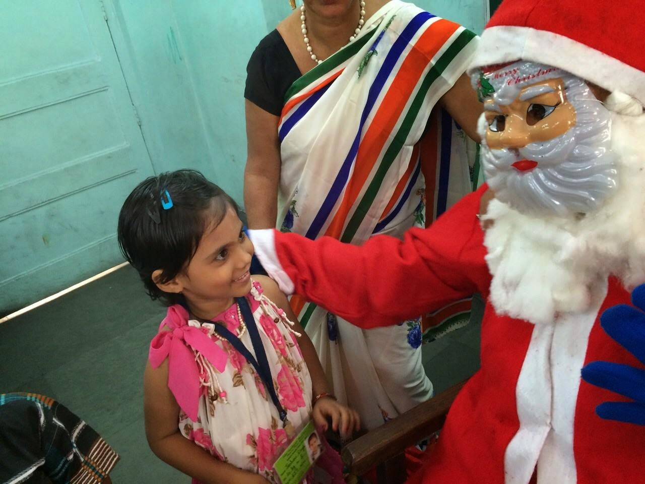 Mumbai_Public_School_MPS_Juhu_Nagriksatta_Ward_63_Gandhigram_President_Sherley_Singh_Secretary_Anjali_Bose_Treasurer_Anil_Desai_BMC_School_Mumbai_Bmc_School_English_Mediam_Christmas