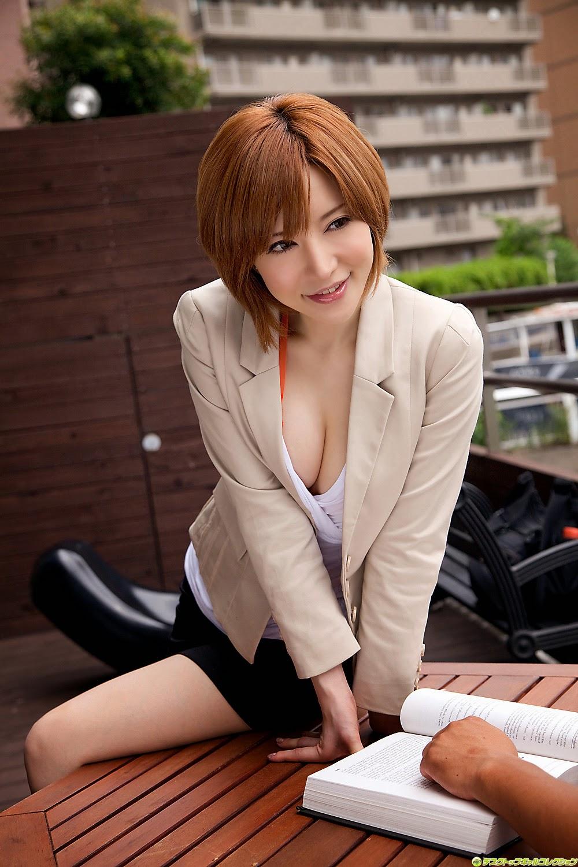yuria-satomi-00980847