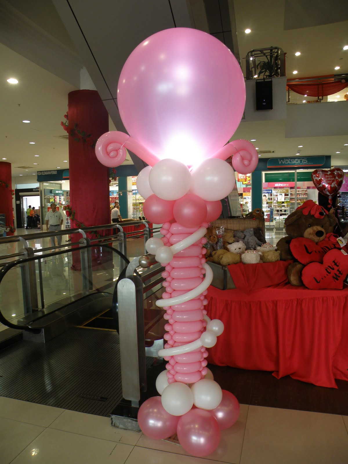 Balloon decorations for weddings birthday parties for Balloon decoration for valentines day