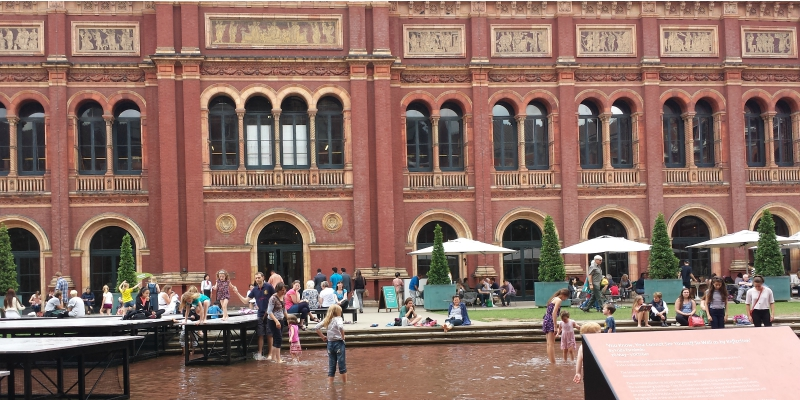 Victoria & Albert Museum ... the best way to enjoy the V&A with kids