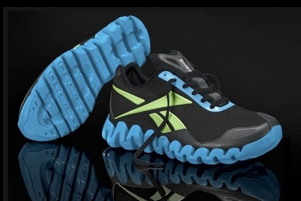 glow in the dark Reebok shoes