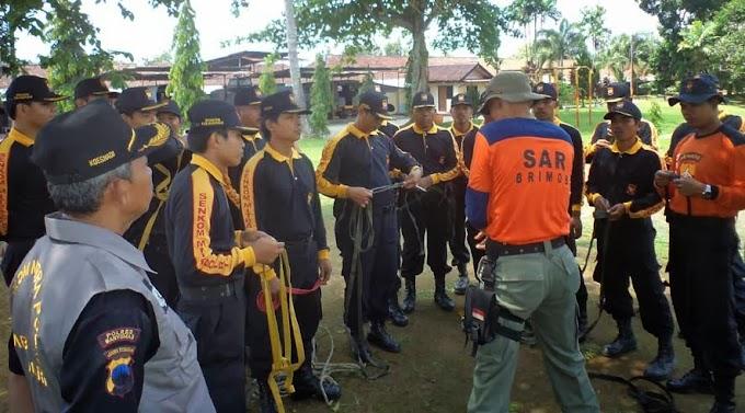 Senkom Banyumas Ikuti Pelatihan SAR di Lapangan Brimob