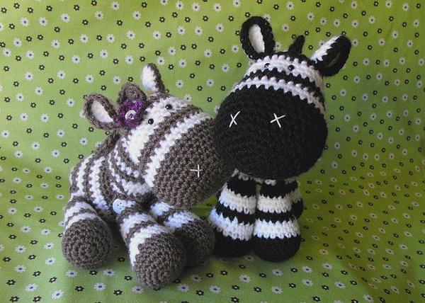 Amigurumi zebra: Amigurumi zebra - love this guy.. maybe ...