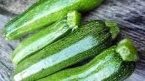 Pasta con calabacines. Fácil y bueno comer verduras!!