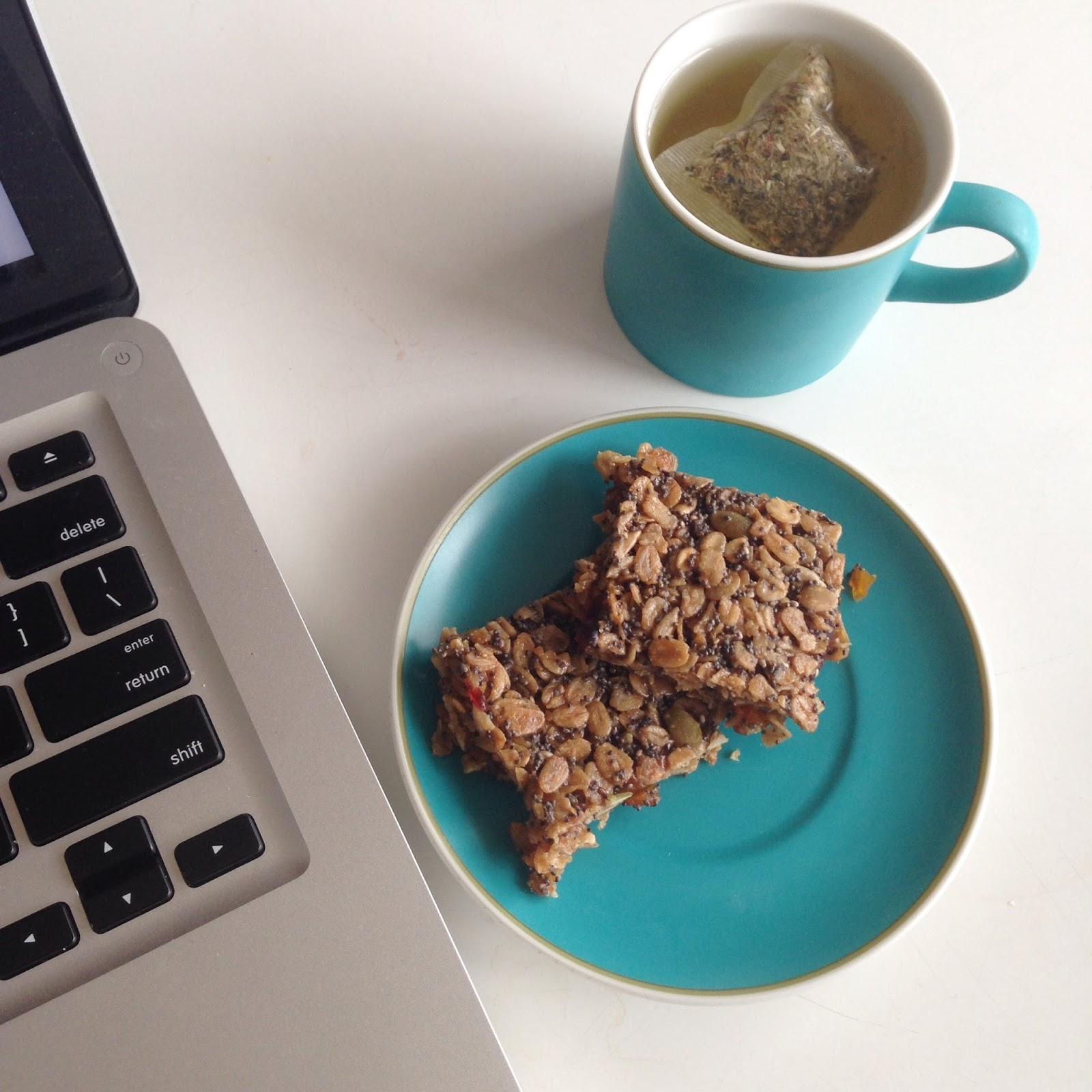 Recipes for writers healthy writing snacks rowena wiseman out good brain food granola bars forumfinder Choice Image