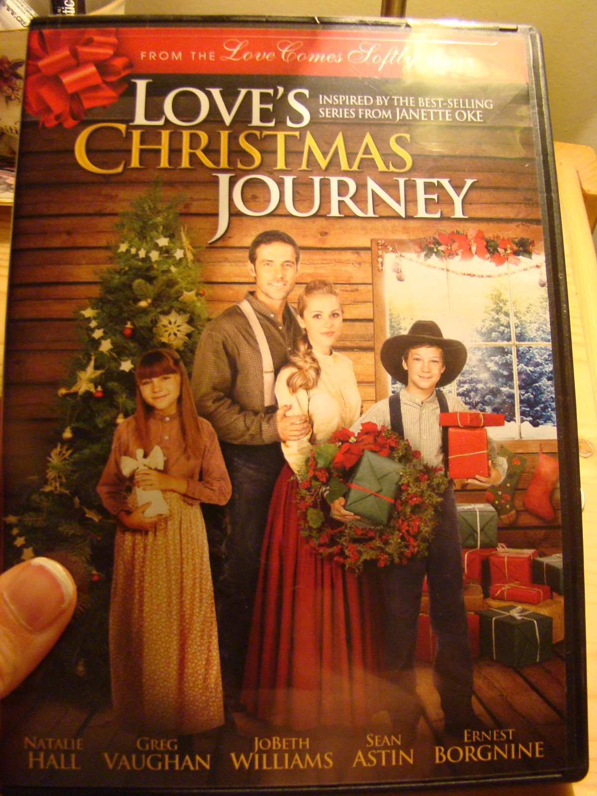 Giveaway Lady: HGG Love's Christmas Journey Inspirational Film