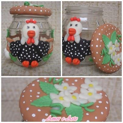 Vidro pequeno decorado em biscuit, galinha da angola (marrom)