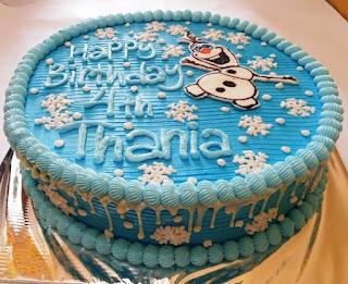 Gambar Kue Ulang Tahun Olaf Frozen