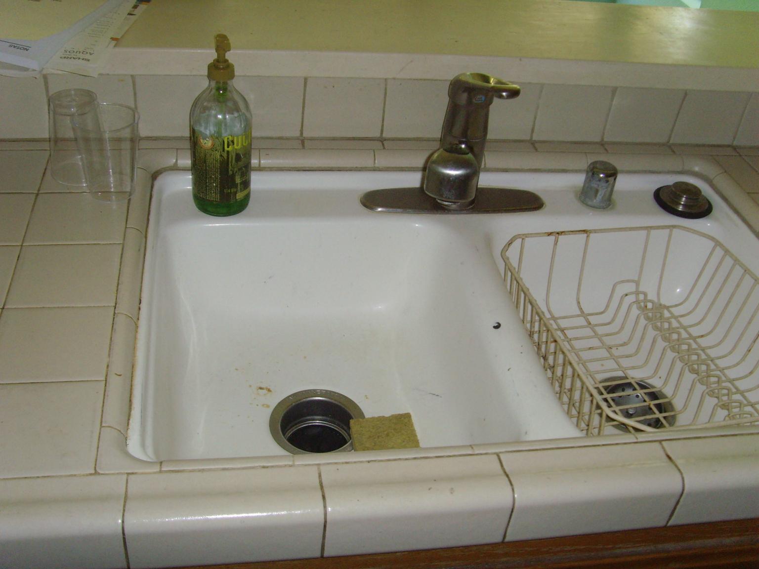 Cucine Con Lavabo Sotto Finestra : Cucina con lavandino sotto ...