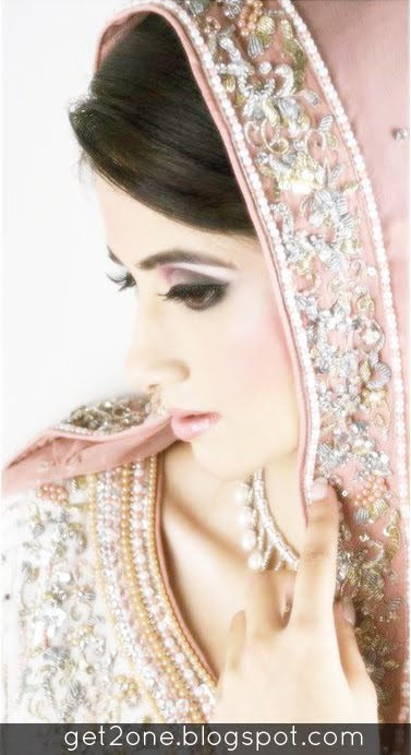 Everything Here: Pakistani Beautiful bridal photoshoot Most ...