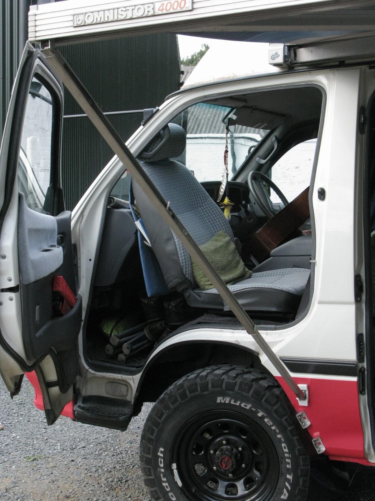 Hiace camper van reversed passenger seat mod hiace rear facing front seat