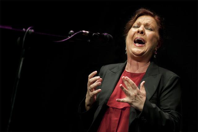 Carmen Linares - Flamencos por Gambo - Auditorio Marcelina Camacho (Madrid) - 10/11/2011