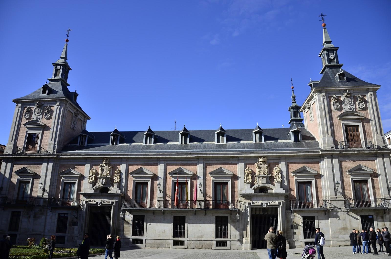 Placas e historia de las calles de madrid - Casa de labranza madrid ...