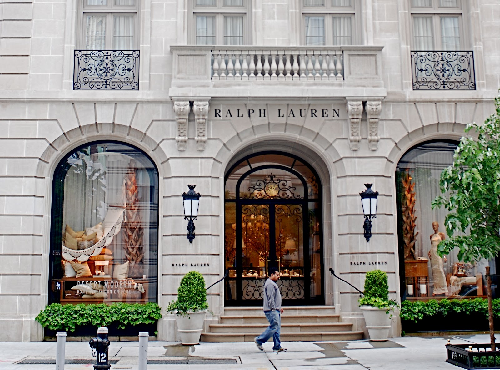 Nyc nyc ralph lauren flagship store palatial homes for Ralph lauren flagship store nyc
