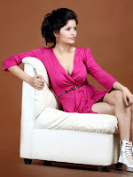 Gehana Vasisth Glamorous Photo Session-cover-photo