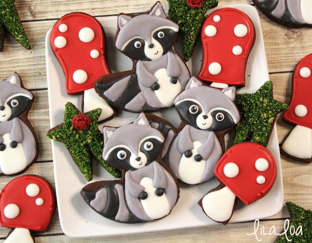 Decorated Woodland Raccoon Cookies Tutorial