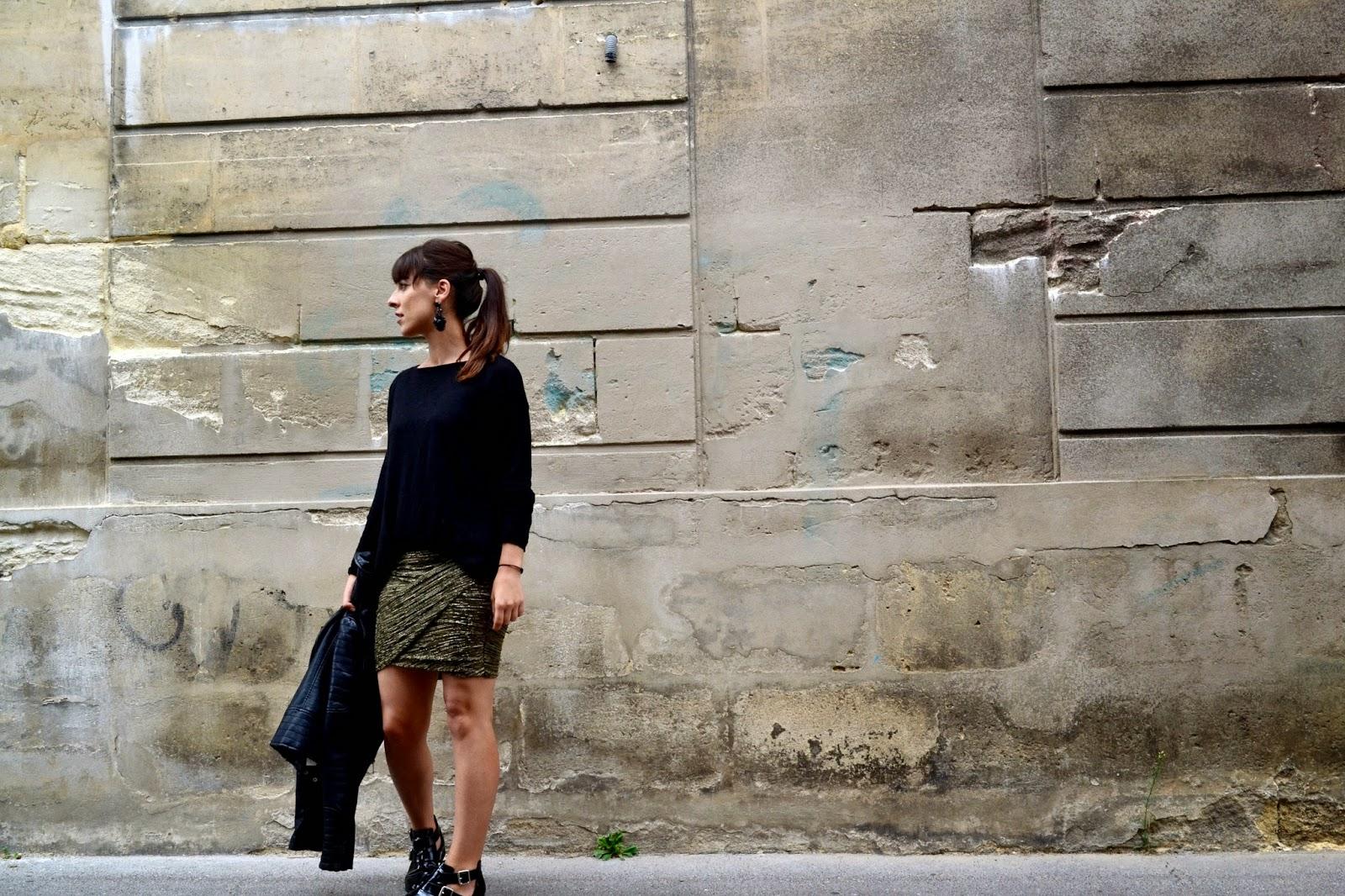 L'article avec La fameuse jupe drapée ...