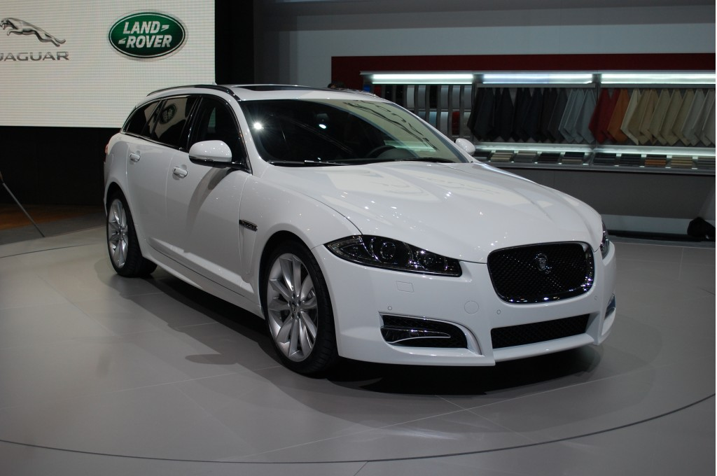 2013 jaguar xf sportbrake auto cars concept. Black Bedroom Furniture Sets. Home Design Ideas