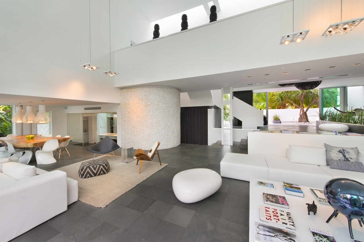 Modern mansion in Miami interior