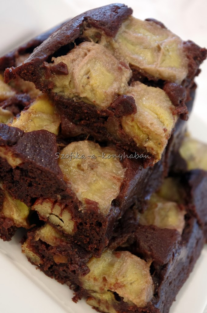 Szofika a konyhában...: Banános brownie / Banana upside down brownie