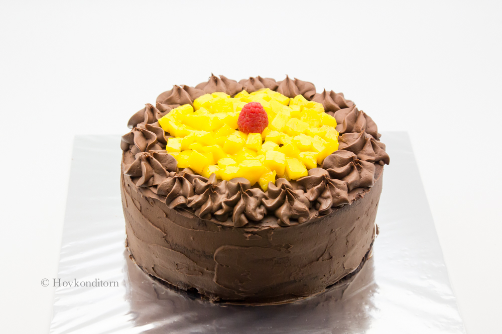 Hovkonditorn: Chocolate Cake with Chocolate Fudge Frosting