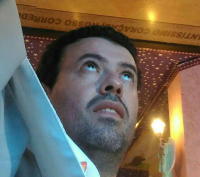 VULTO DE NOSSA SENHORA NOS OLHOS DO VIDENTE MARCOS TADEU DURANTE APARIÇÃO DO DIA 12.08.2017