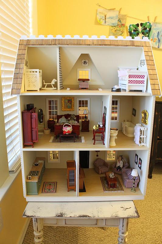 Its A Wannabe Decorators Life Pretty Little Dollhouse