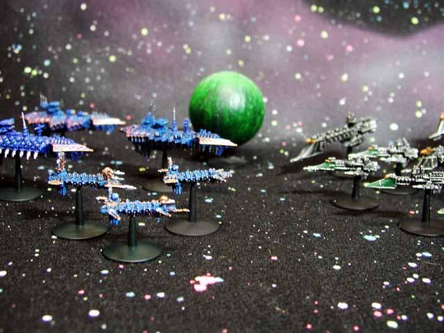 http://1.bp.blogspot.com/-sd7WAAD2aAQ/TtsKPV-cXTI/AAAAAAAAAcw/QzFlbKxIZRA/s1600/Battle-Fleet-Gothic.jpg