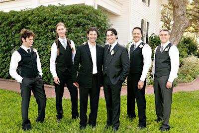 charcoal gray groomsmen suits