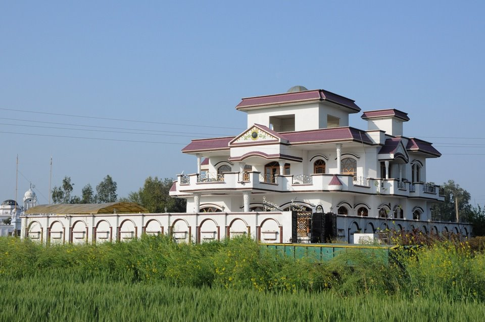 Punjabi Kothi Designs Building Front Elevation Design