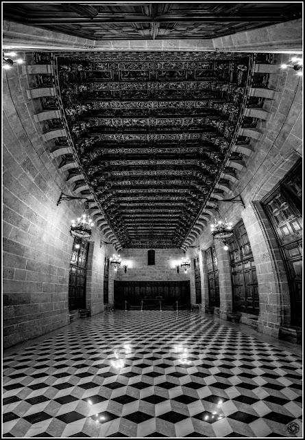 Cámara Dorada del Consulado del Mar en la Lonja de la Seda de Valencia :: Panorámica 12 x Canon EOS 5D MkIII | ISO 3200 | Canon 17-40 @17mm | f/6.3 | 1/40s