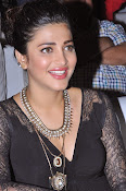 Shruti Haasan New photos-thumbnail-10