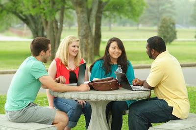 manfaat student exchange bagi mahasiswa