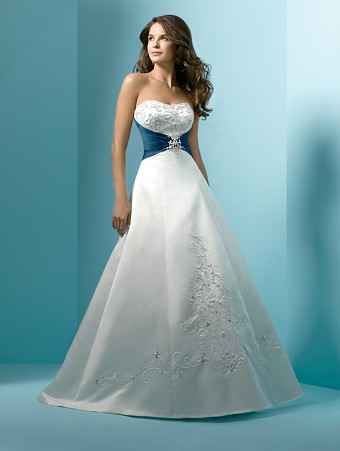 Wedding Gowns with Color Accents | WEDDING DRESS 5