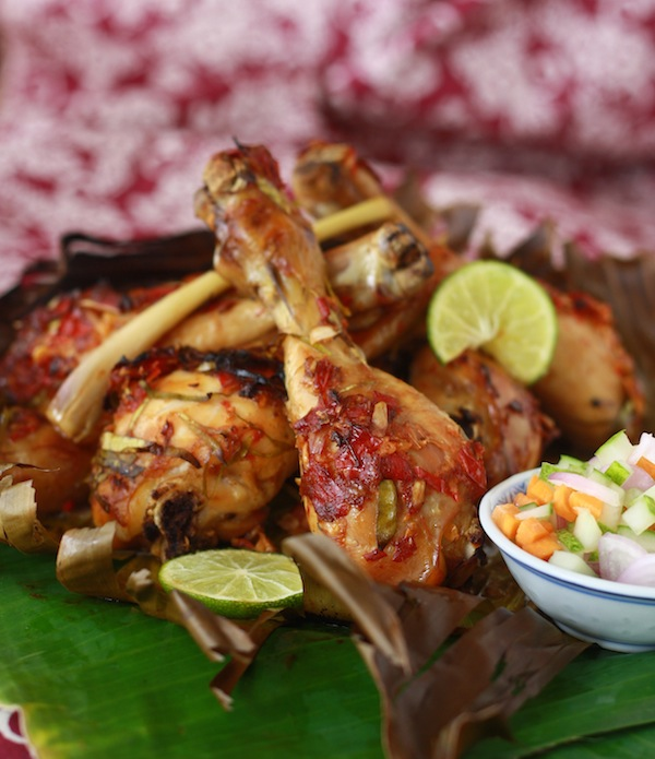 grilled chicken with kaffir lime leaves and tamarind