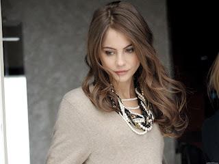 Model Willa Holland